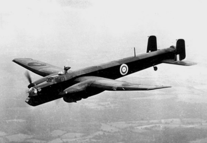 Armstrong_Whitworth_Whitley_in_flight_c1